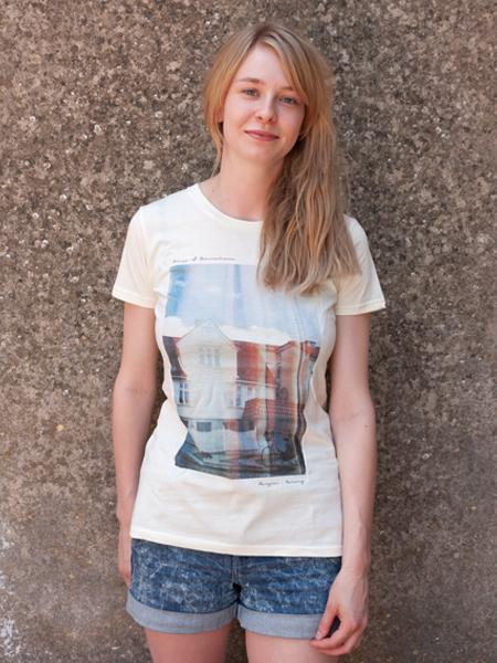 Bergen-tshirt-girl
