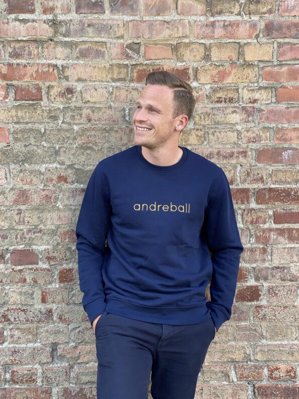 andreball-blue-sweater2-blaget